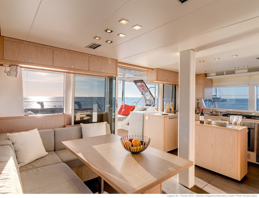 Verhuur Catamaran in Athene - Lagoon Lagoon 52