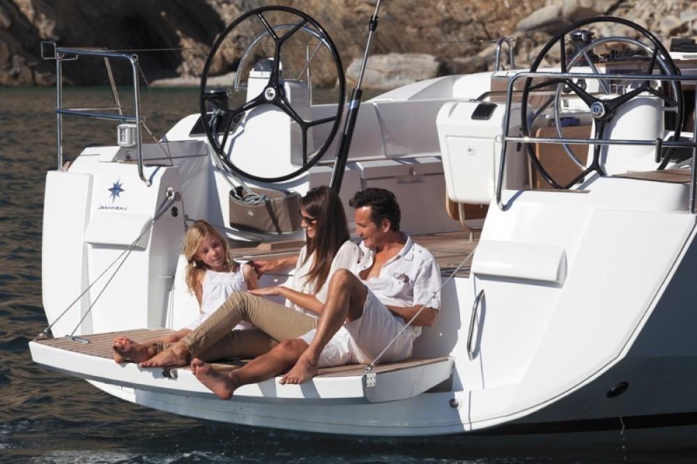 Location bateau Jeanneau Sun Odyssey 479 à Rhodes sur Samboat