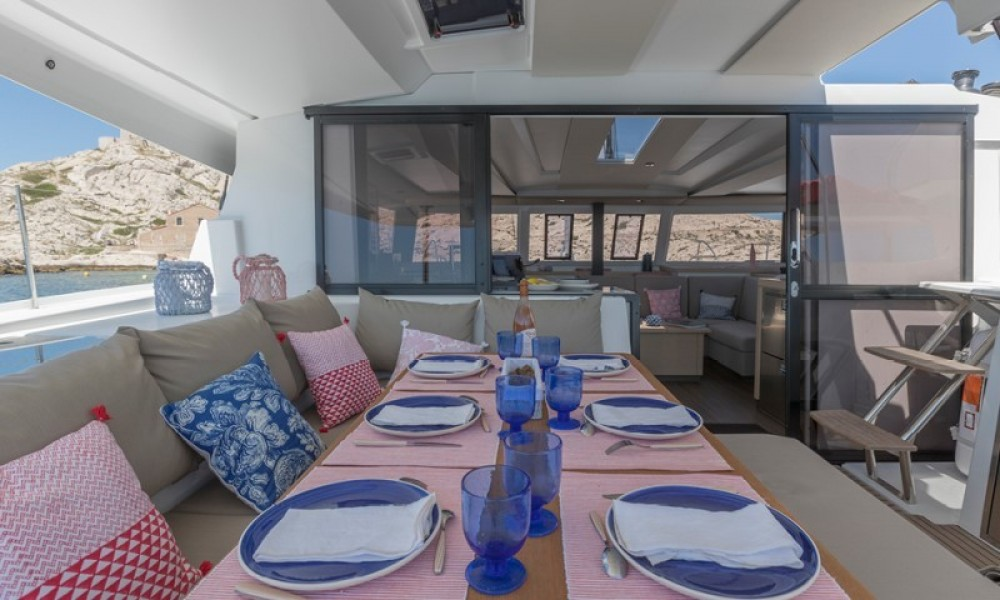 Huur Catamaran met of zonder schipper Fountaine Pajot in Athene