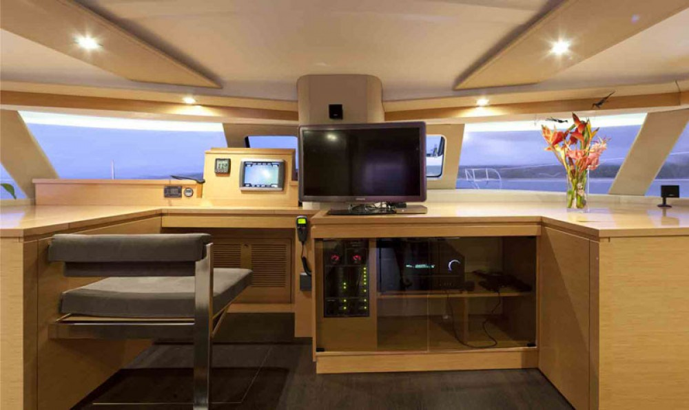 Fountaine Pajot Sanya 57 te huur van particulier of professional in Le Marin