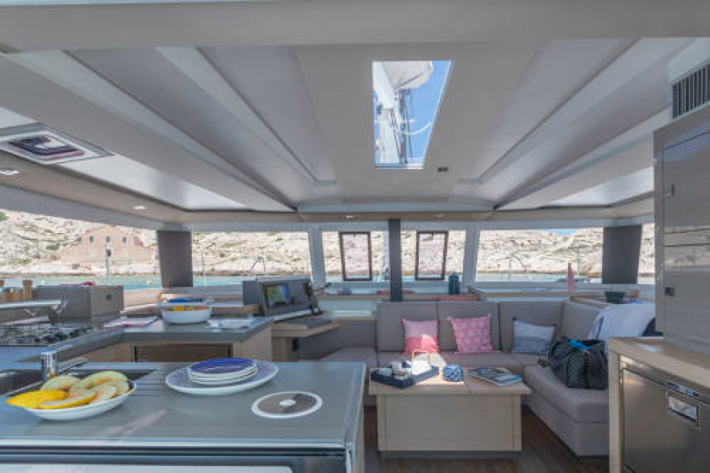 Jachthuur in South Abaco - Fountaine Pajot Astrea 42 via SamBoat
