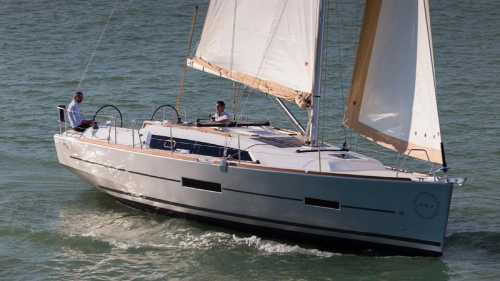 Verhuur Zeilboot in Port Hamble - Dufour Dufour 382 Grand Large