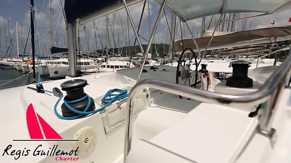 Bootverhuur Athene goedkoop Lagoon 440