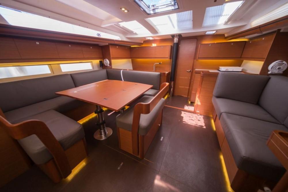 Dufour Dufour 520 Grand Large te huur van particulier of professional in Trogir