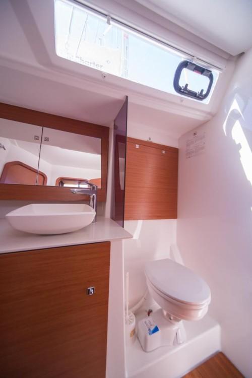 Bootverhuur Dufour Dufour 520 Grand Large in Trogir via SamBoat