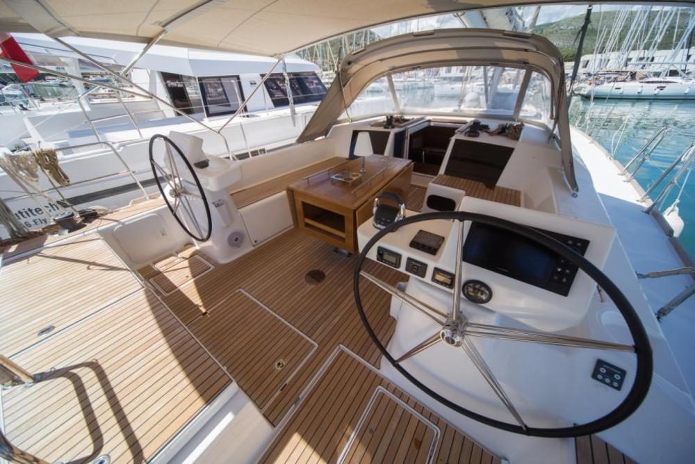 Jachthuur in Trogir - Dufour Dufour 520 Grand Large via SamBoat