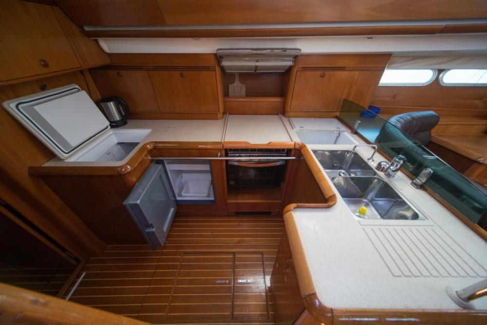 Jeanneau Sun Odyssey 54 DS te huur van particulier of professional in Trogir