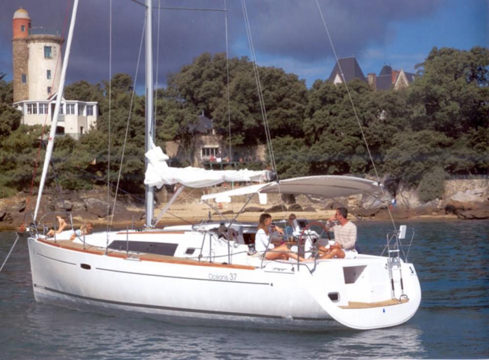 Bootverhuur Bénéteau Oceanis 37 in Athene via SamBoat