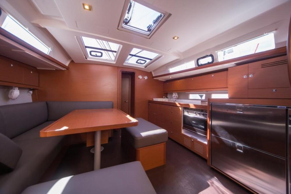 Dufour Dufour 460 Grand Large te huur van particulier of professional in Trogir