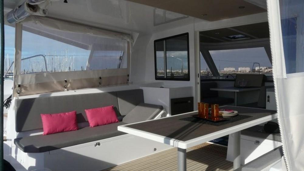 Huur Catamaran met of zonder schipper Nautitech in okres Martin