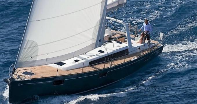 Ein Bénéteau Oceanis 48 mieten in Korfu