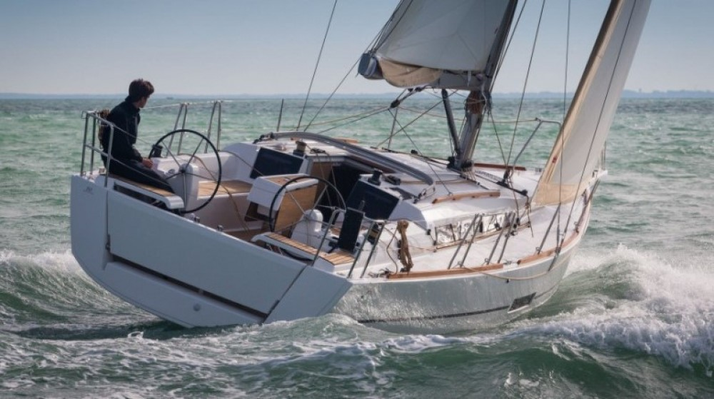 Hire Sailboat with or without skipper Dufour Lefkas