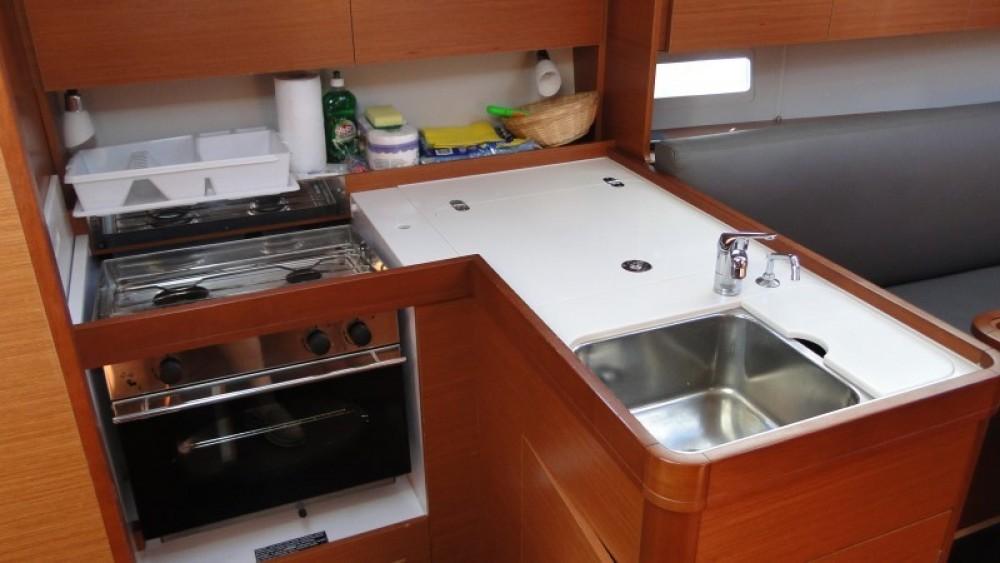 Rental yacht Lefkas - Dufour Dufour 36 on SamBoat