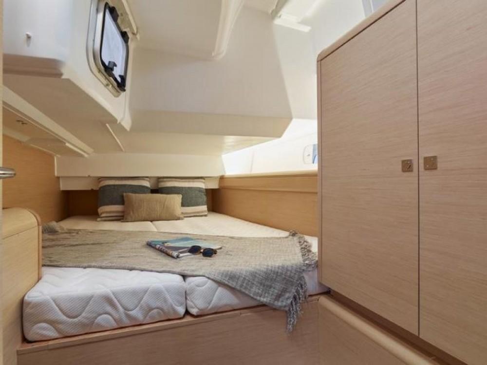 Location yacht à Athènes - Jeanneau Sun Odyssey 449 sur SamBoat