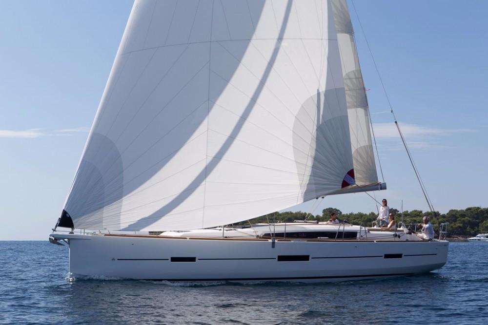 Dufour Dufour 460 Grand Large entre particuliers et professionnel à Le Marin