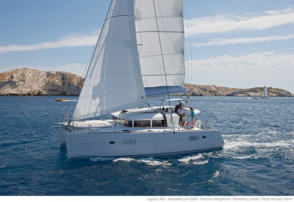 Louer Catamaran avec ou sans skipper Lagoon à Trogir