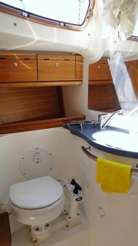 Bavaria Cruiser 50 zwischen Privatpersonen und professionellem Anbieter Athen