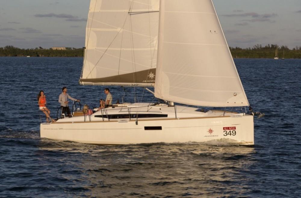 Noleggio Barca a vela con o senza skipper Jeanneau Arnos Vale