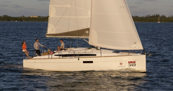 Rental Sailboat in Arnos Vale - Jeanneau Sun Odyssey 349