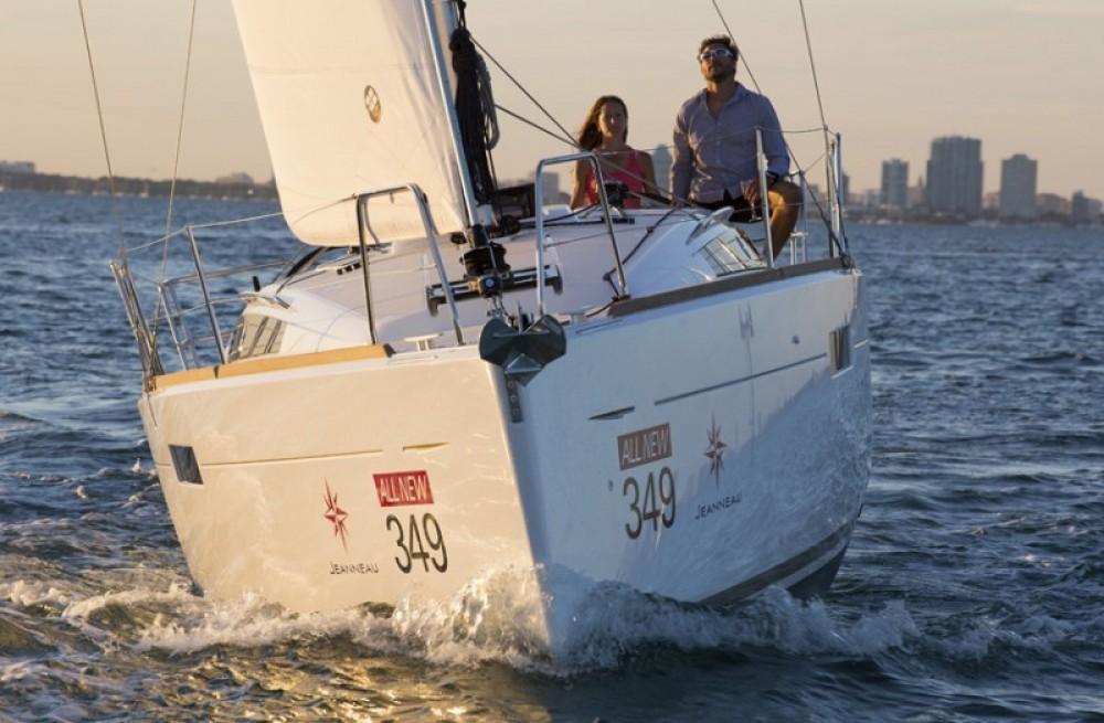 noleggio Barca a vela Arnos Vale - Jeanneau Sun Odyssey 349