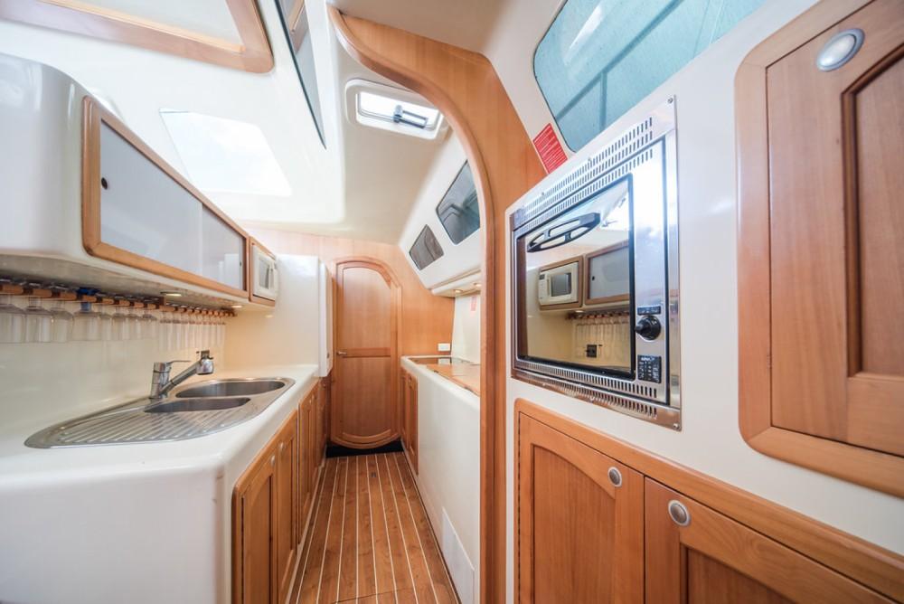 Location Voilier Perry-Power-Catamaran avec permis