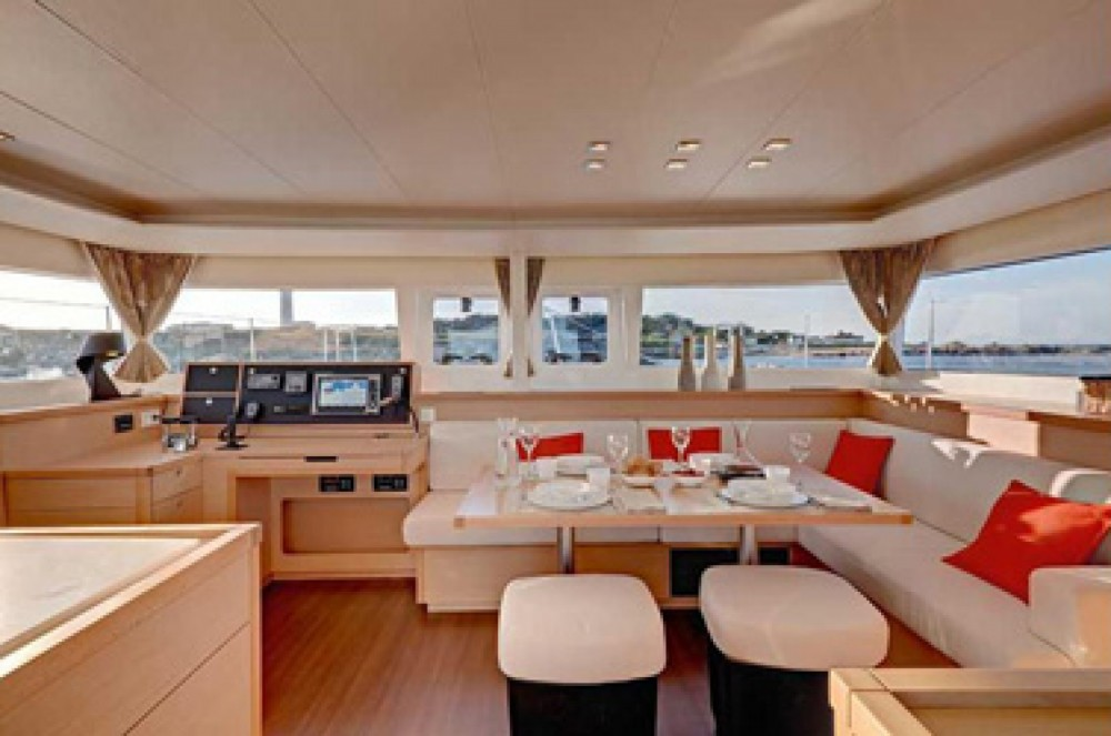Rental Catamaran in Arnos Vale - Lagoon Lagoon 450