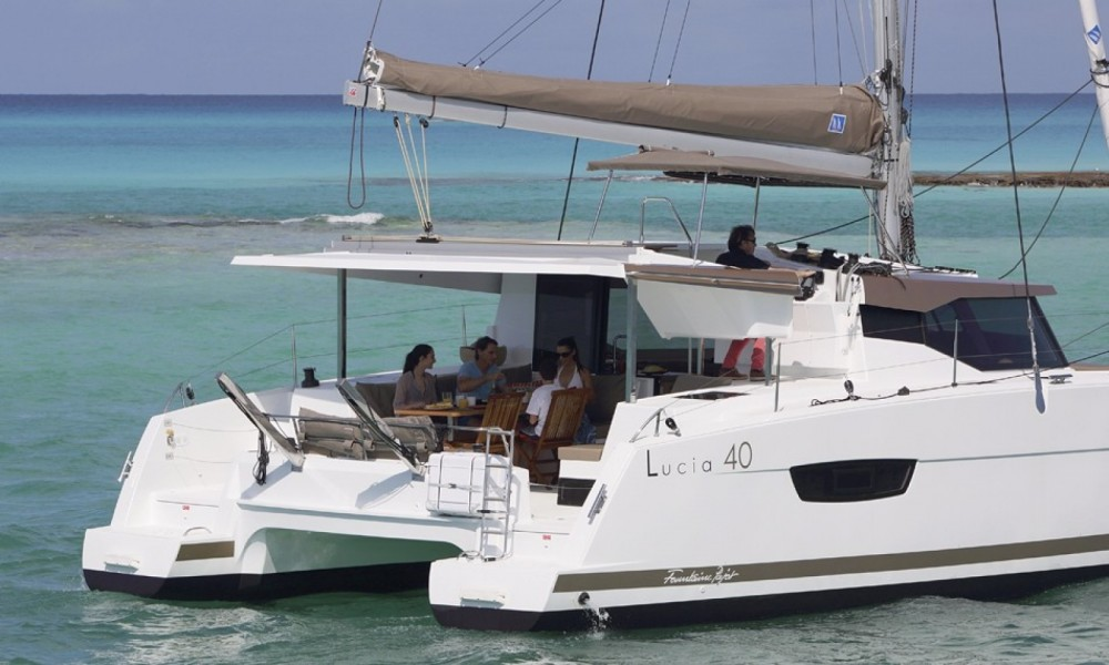 Yacht-Charter in Arnos Vale - Fountaine Pajot Lucia 40 auf SamBoat