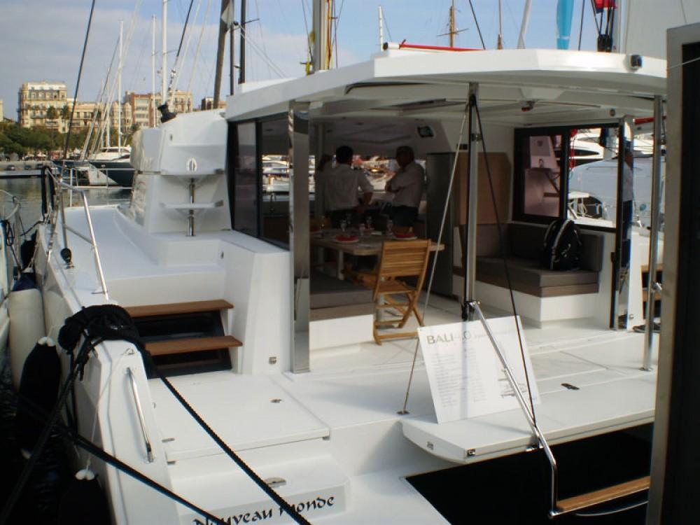 Huur Catamaran met of zonder schipper Bali Catamarans in Puerto Rico