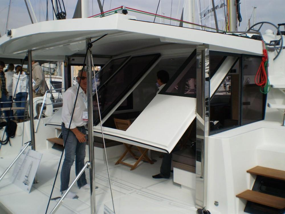 Catamaran à louer à Arnos Vale au meilleur prix