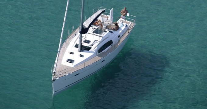 Location bateau Laurion pas cher Oceanis 43