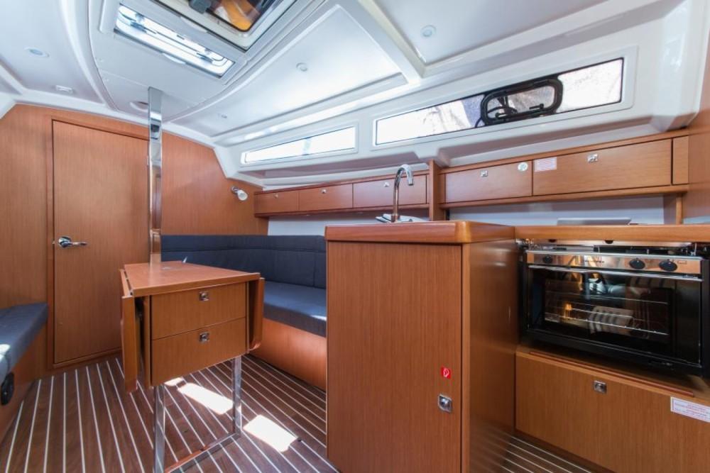 Bootsverleih Šibenik günstig Cruiser 33
