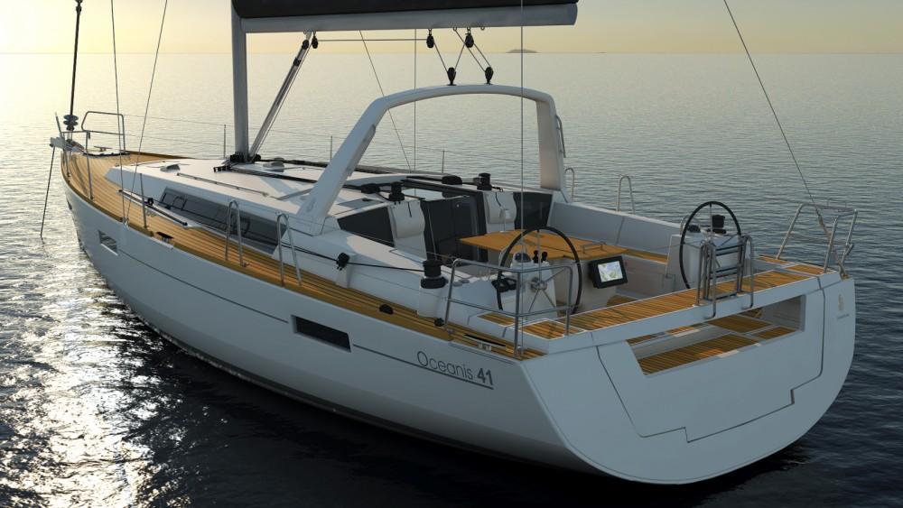 Bénéteau Oceanis 41 zwischen Privatpersonen und professionellem Anbieter Papeete