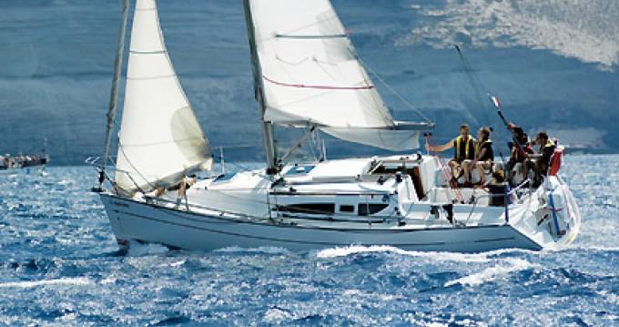 Louer Voilier avec ou sans skipper Jeanneau à La Trinité-sur-Mer