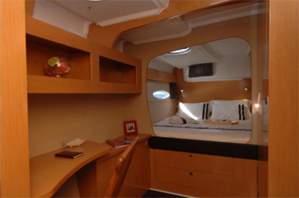 Location yacht à Saint-Mandrier-sur-Mer - Fountaine Pajot Lipari 41 Evolution sur SamBoat