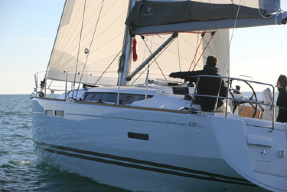 Location bateau Kotor pas cher Sun Odyssey 439