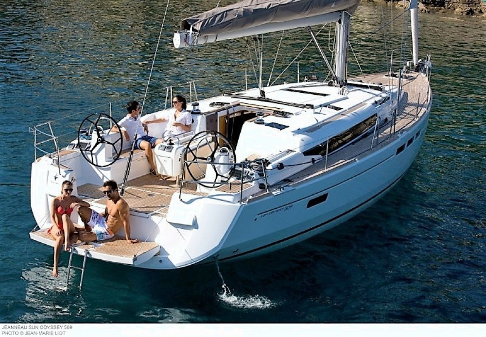 Jeanneau Sun Odyssey 509 between personal and professional