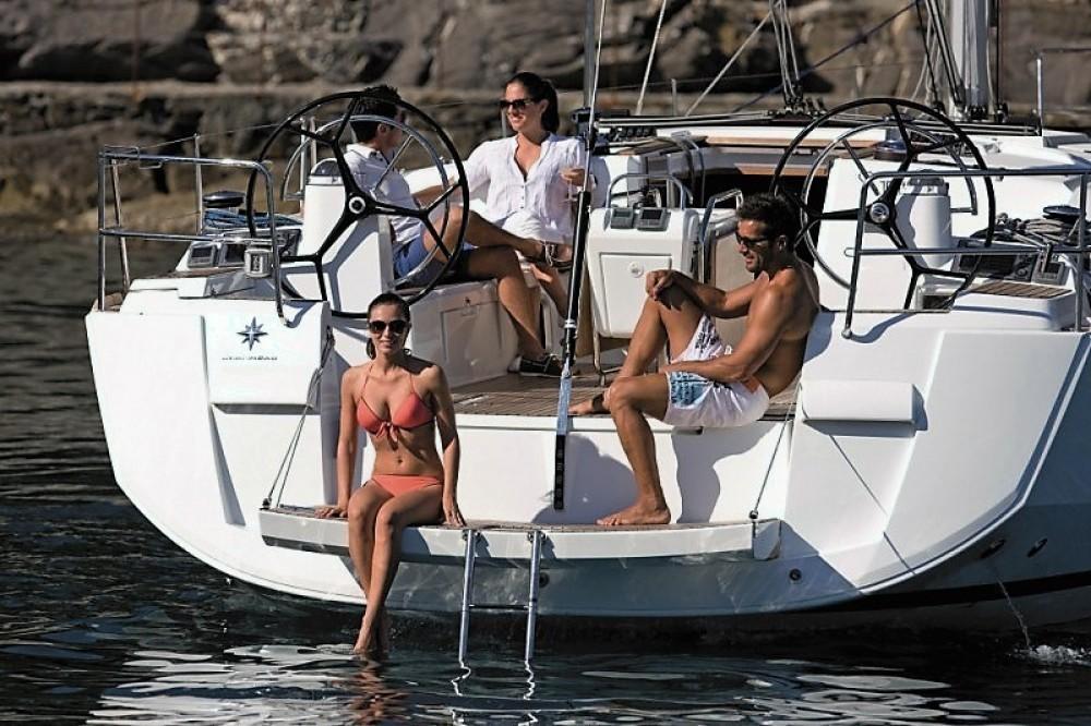 Rental Sailboat in  - Jeanneau Sun Odyssey 509
