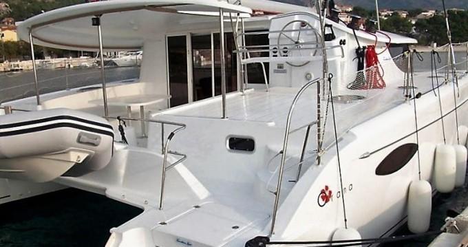 Louer Catamaran avec ou sans skipper Fountaine Pajot à Cos