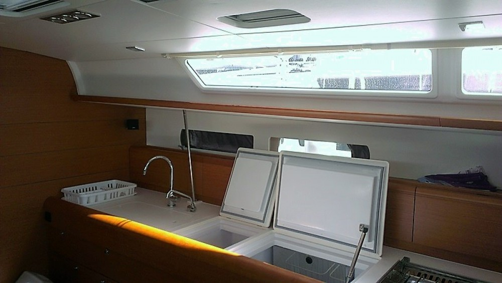 Jeanneau Sun Odyssey 469 between personal and professional Kos
