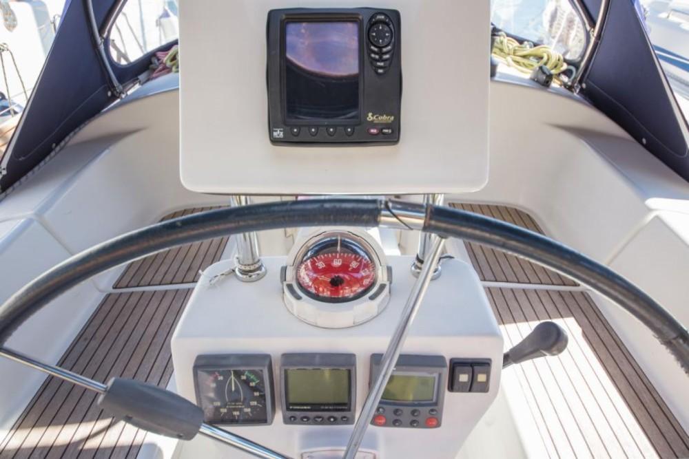 Rental Sailboat in Šibenik - Poncin Yachts Harmony 38