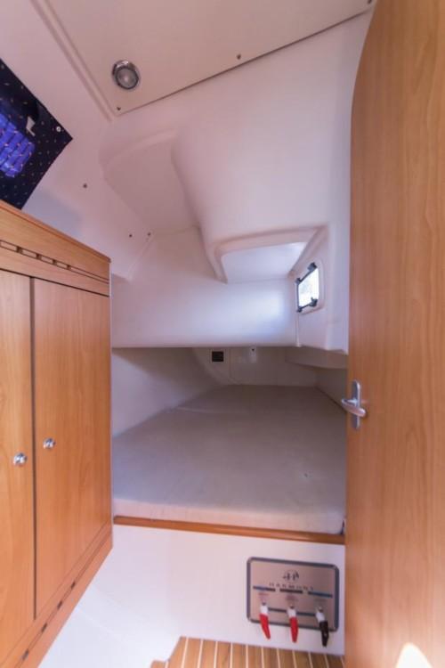 Poncin Yachts Harmony 38 between personal and professional Šibenik
