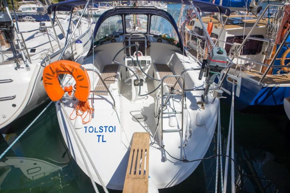 Louez un Poncin Yachts Harmony 34 à Šibenik
