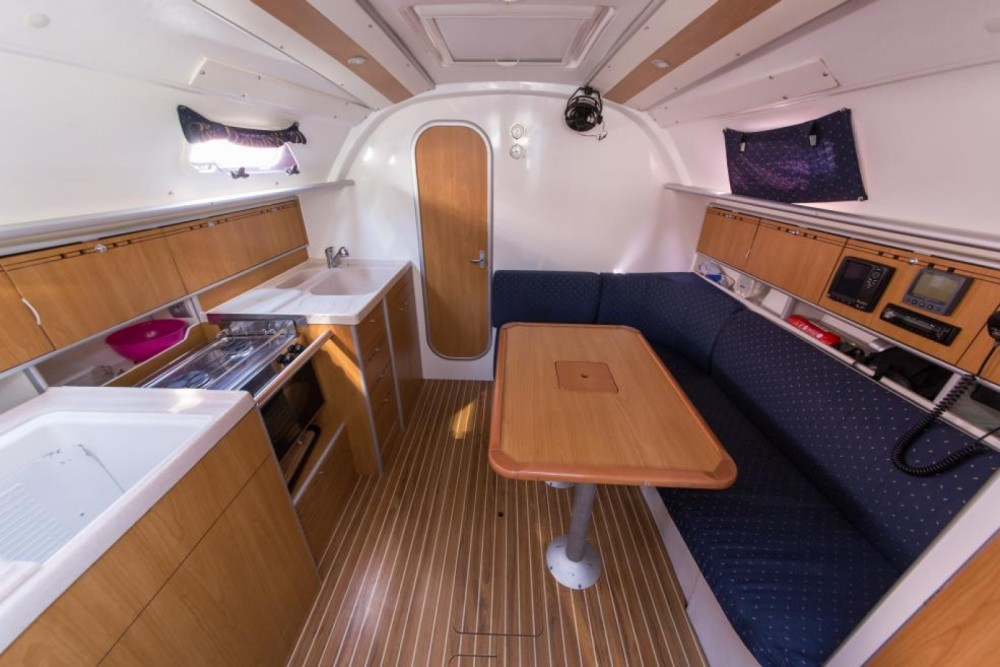 Poncin Yachts Harmony 34 between personal and professional Šibenik