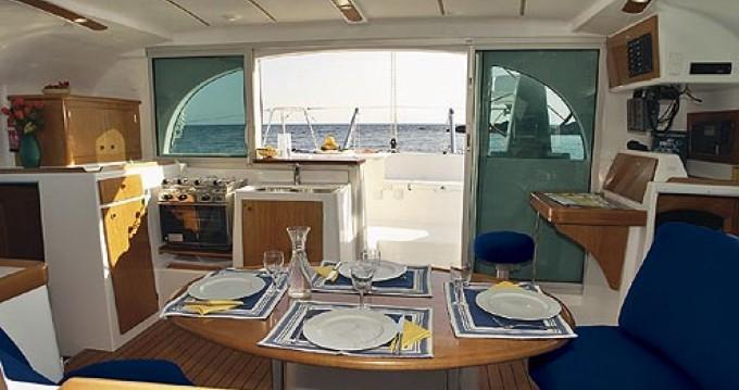 Louer Catamaran avec ou sans skipper Lagoon à Palma