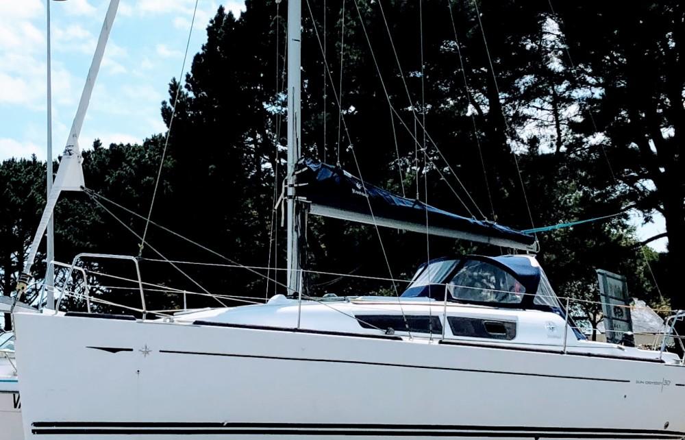 Location bateau Locmiquélic pas cher Sun Odyssey 30i