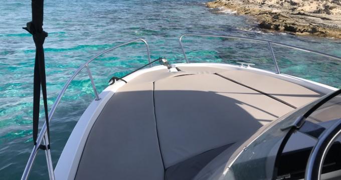 Louer Bateau à moteur avec ou sans skipper Jeanneau à Ibiza (Ville)