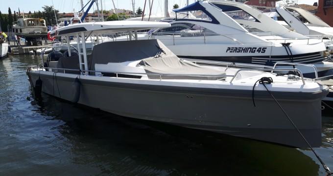 Location bateau Axopar 37 ST à Port Grimaud sur Samboat