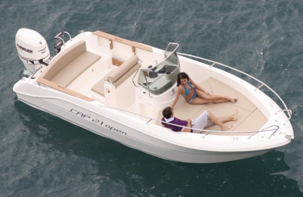 Motor boat for rent Collioure at the best price