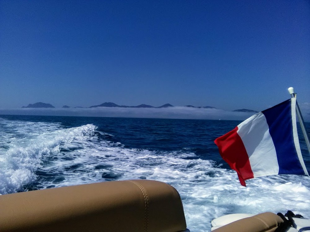 Yacht-Charter in Cannes - Four Winns 9 M version luxe auf SamBoat