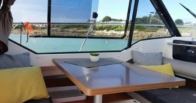 Location bateau Roscoff pas cher Merry Fisher 795